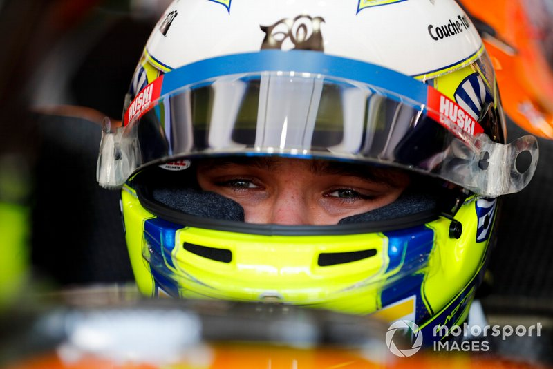 Lando Norris, McLaren in his cockpit