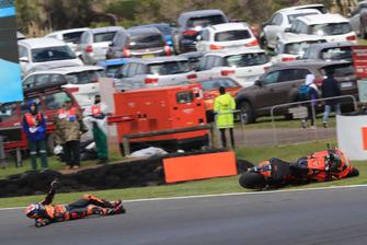 Bradley Smith, Red Bull KTM Factory Racing,crash