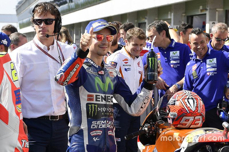 Il secondo qualificato Jorge Lorenzo, Yamaha Factory Racing nel parco chiuso