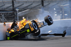 Huge crash for Spencer Pigot, Rahal Letterman Lanigan Racing Honda