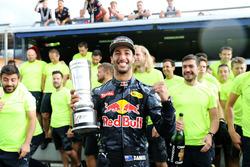 Second position Daniel Ricciardo, Red Bull Racing celebrates with the team