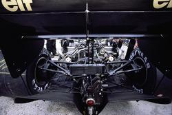 Achterkant van de Lotus 98T Renault