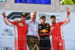 Kimi Raikkonen, Ferrari, Jonathan Wheatley, Red Bull Racing Team Manager, Max Verstappen, Red Bull Racing and Sebastian Vettel, Ferrari celebrate on the podium
