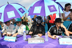 Oliver Turvey, NIO Formula E Team, Luca Filippi, NIO Formula E Team, the EJ amd Nicolas Prost, Renault e.Dams, sign autographs for fans