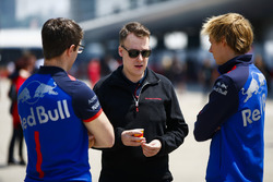 Brendon Hartley, Toro Rosso, met techneuten