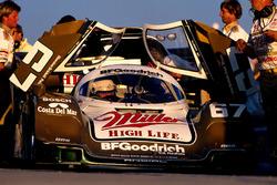 Ganador de la carrera Bob Wollek, Derek Bell y John Andretti, Porsche 962