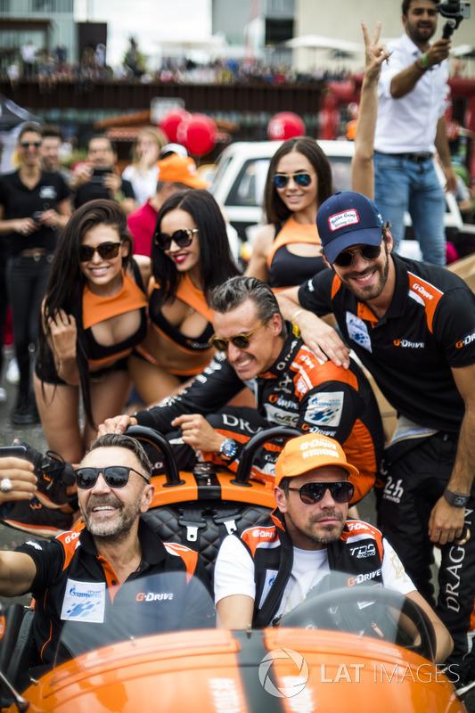 Гонщики G-Drive Racing Роман Русинов, Андреа Пиццитола и Жан-Эрик Вернь