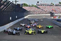 Start: Ed Carpenter, Ed Carpenter Racing Chevrolet leads