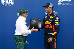 Джеки Стюарт и гонщик Red Bull Racing Даниэль Риккардо