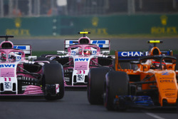 Стоффель Вандорн, McLaren MCL33, Серхио Перес и Эстебан Окон, Sahara Force India F1 VJM11