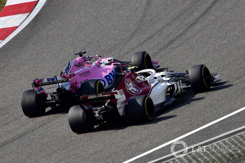 Charles Leclerc, Sauber C37, Sergio Perez, Force India VJM11