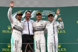 Podyum: Lewis Hamilton, Mercedes AMG F1, yarış galibi Nico Rosberg, Mercedes AMG F1 ve Felipe Massa, Williams