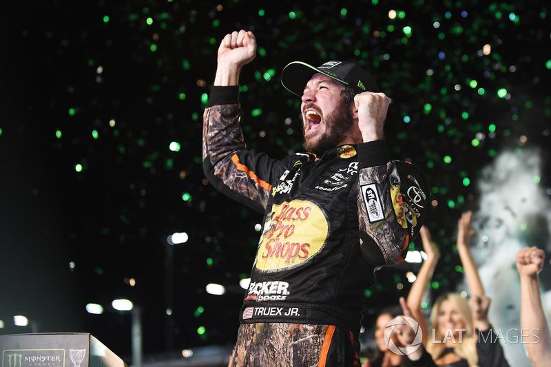 NASCAR Cup: Мартин Труэкс
