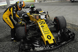 Carlos Sainz Jr., Renault Sport F1 Team RS17 abandonne