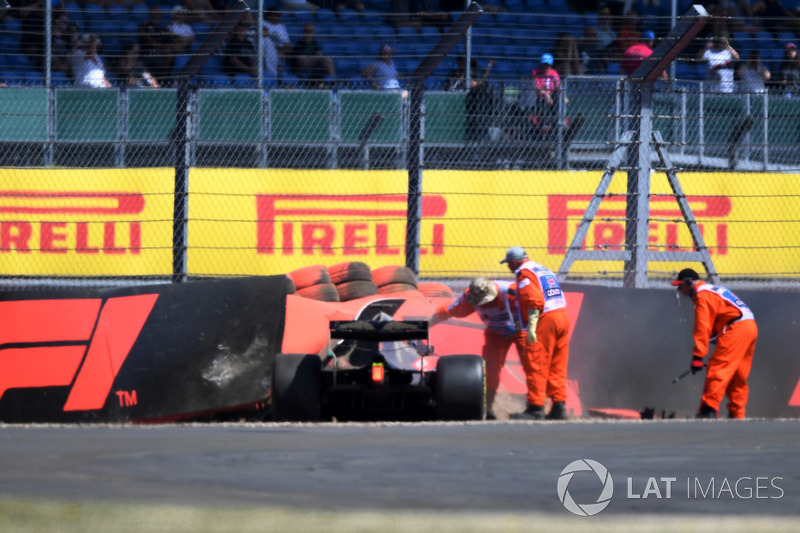 Brendon Hartley, Scuderia Toro Rosso STR13 após o acidente