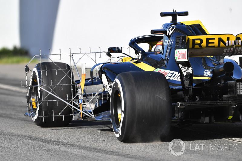 Carlos Sainz Jr., Renault Sport F1 Team R.S. 18 with aero sensor