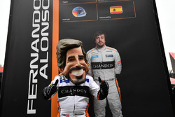 Une caricature de Fernando Alonso, McLaren