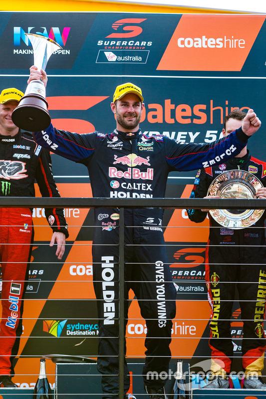 Podium: ganador, Shane van Gisbergen, Triple Eight Race Engineering Holden