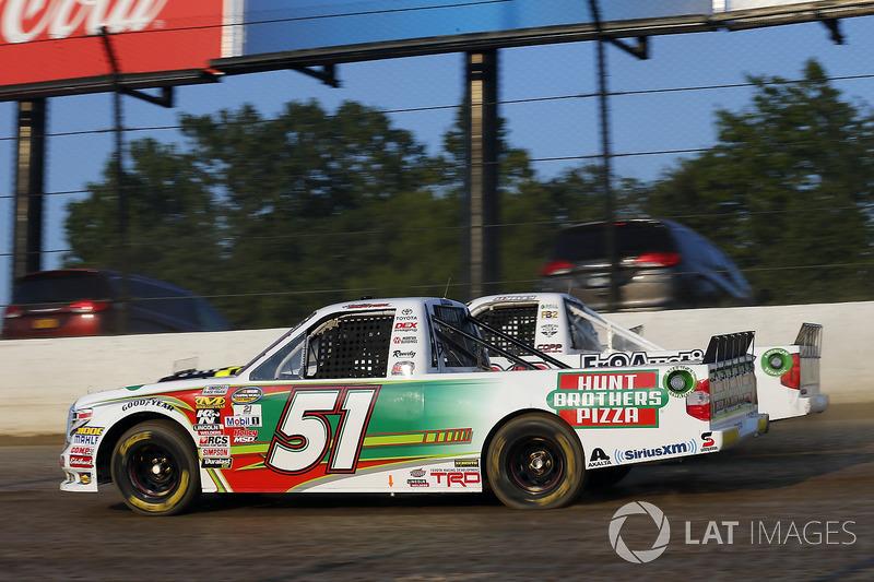 Harrison Burton, Kyle Busch Motorsports Toyota, JJ Yeley, Fr8Auctions.com Chevrolet Silverado and Ju