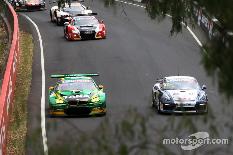 #90 MARC Cars Australia, BMW M6 GT3: Chaz Mostert, Max Twigg, Morgan Haber; #40 Brookspeed, Porsche Cayman GT4 Clubsport: Aaron Mason, David Drinkwater, Adrian Watt