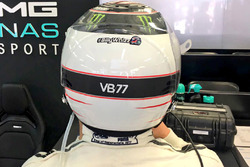 Хэштег #BillyWhizz на шлеме пилота Mercedes AMG F1 Валттери Боттаса
