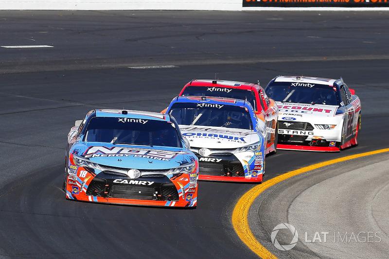 Kyle Busch, Joe Gibbs Racing Toyota, Ryan Preece, Joe Gibbs Racing Toyota