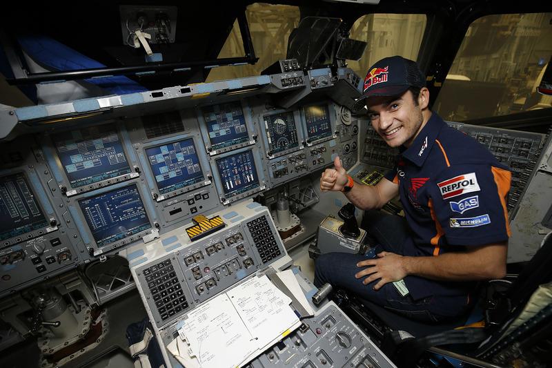 Dani Pedrosa, Repsol Honda Team durante una visita al NASA Johnson Space Center