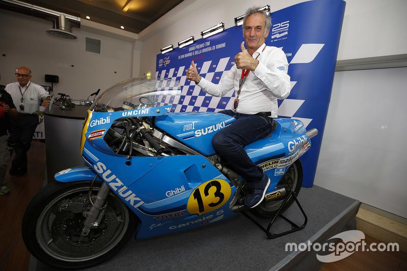 Franco Uncini auf der 500er-Suzuki, mit der er 1982 Weltmeister wurde