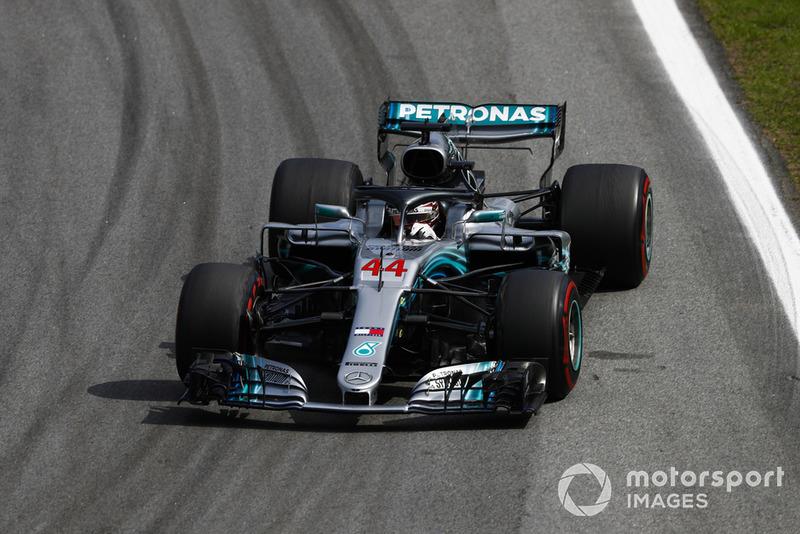 Hamilton and Mercedes celebrate constructors' crown