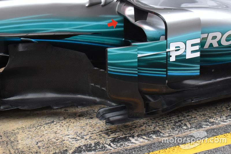 Les ailettes sur les pontons de la Mercedes AMG F1 W08
