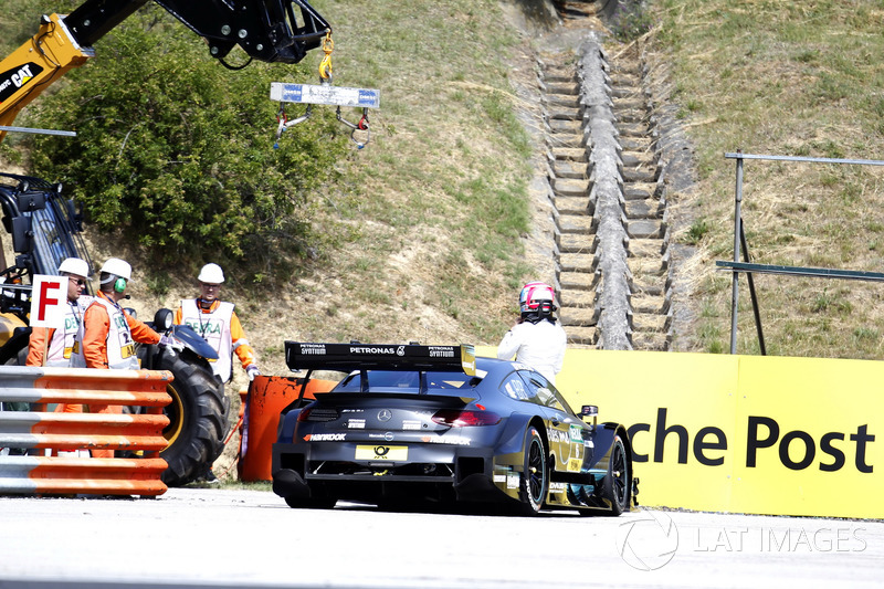Роберт Вікенс, Mercedes-AMG Team HWA, Mercedes-AMG C63 DTM, зупинився на треку