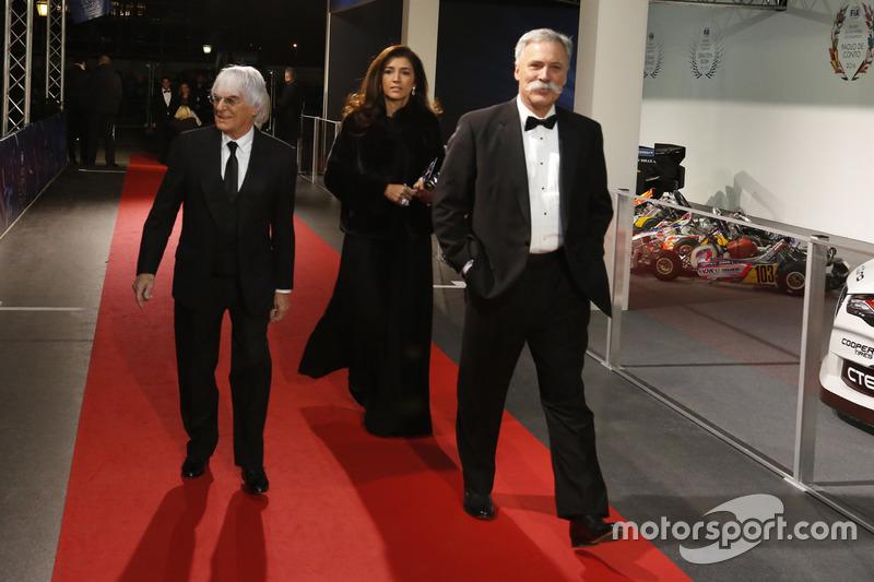 Bernie Ecclestone y esposa Fabiana Flosi Y Chase Carey