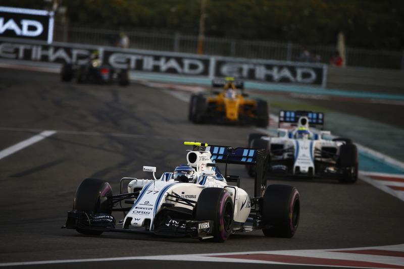 Valtteri Bottas, Williams FW38, y Felipe Massa, Williams FW38