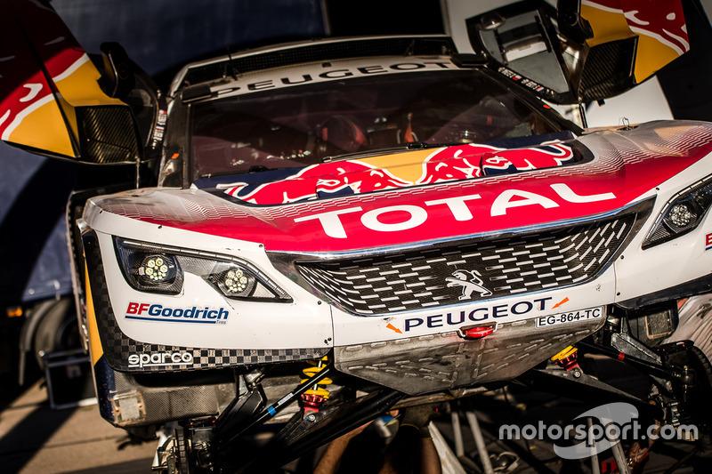 Peugeot Sport zona del equipo