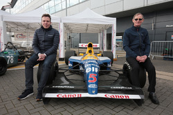 Dickie Stanford and Jonathan Williams with the Williams FW14B