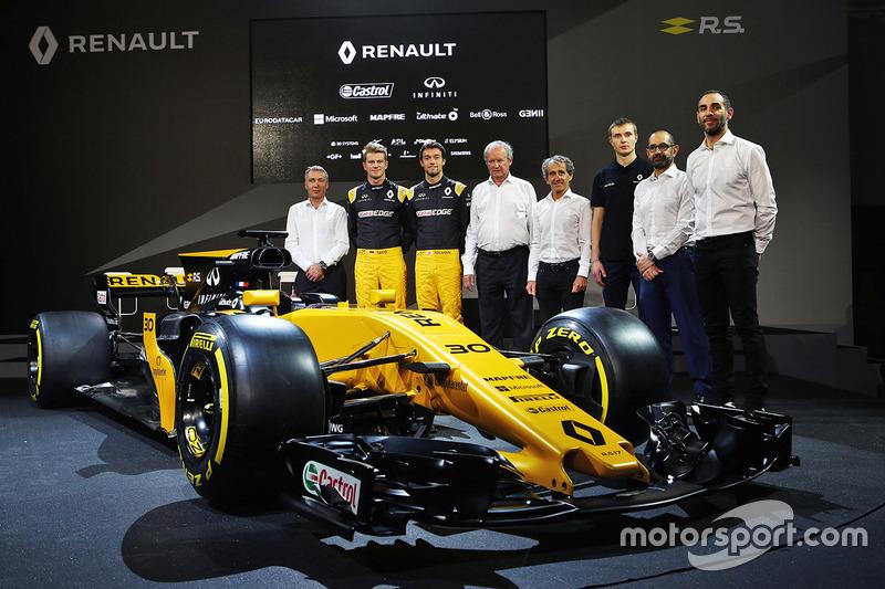 Die Renault-Fahrer, das Management und Sponsoren und Partner mit dem Renault RS17