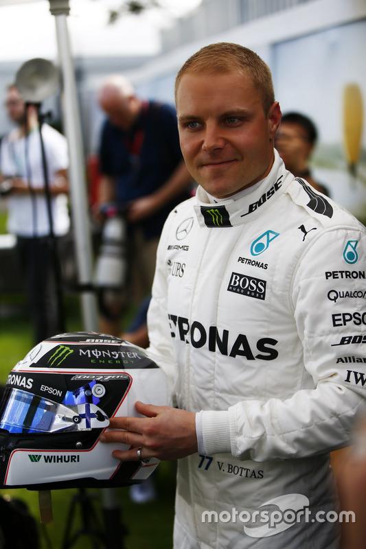 Valtteri Bottas, Mercedes AMG, mit Helm