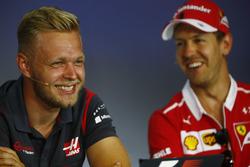 Kevin Magnussen, Haas F1 Team ve Sebastian Vettel, Ferrari