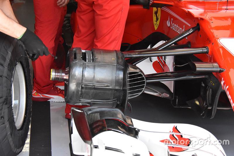 Ferrari SF70H, dettaglio del cestello del freno anteriore