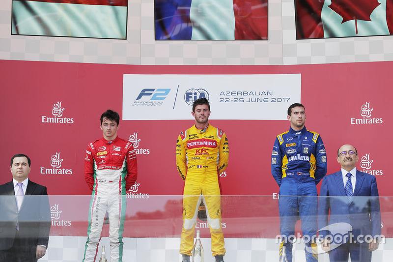 Podium: ganador, Norman Nato, Pertamina Arden, segundo, Charles Leclerc, PREMA Powerteam, tercero, Nicholas Latifi, DAMS en el podium