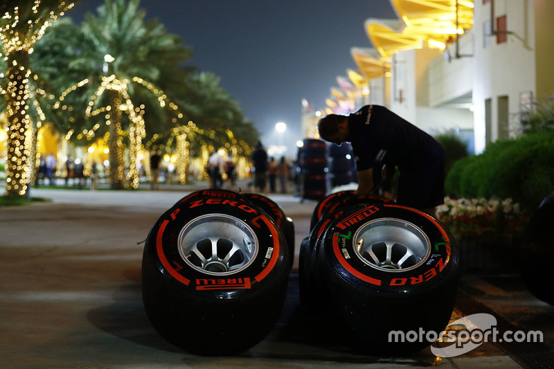 Des pneus Pirelli supertendres