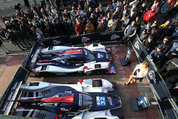 #2 United Autosports, Ligier JS P3 - Nissan: John Falb, Sean Rayhall, #32 United Autosports, Ligier JSP217 - Gibson: William Owen, Hugo de Sadeleer, Filipe Albuquerque
