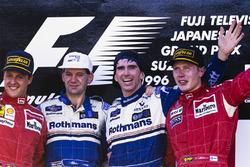 Podium: 1. Damon Hill, Williams; 2. Michael Schumacher, Ferrari; 3. Mika Häkkinen, McLaren, mit Adrian Newey, Williams-Designer