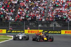 Daniel Ricciardo, Red Bull Racing RB13 and Lance Stroll, Williams FW40