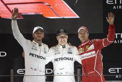 Podium: Second place Lewis Hamilton, Mercedes AMG F1, Race winner Valtteri Bottas, Mercedes AMG F1, third place Sebastian Vettel, Ferrari