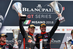 Podio: i vincitori della gara #1 Belgian Audi Club Team WRT Audi R8 LMS: Alex Riberas, Christopher Mies