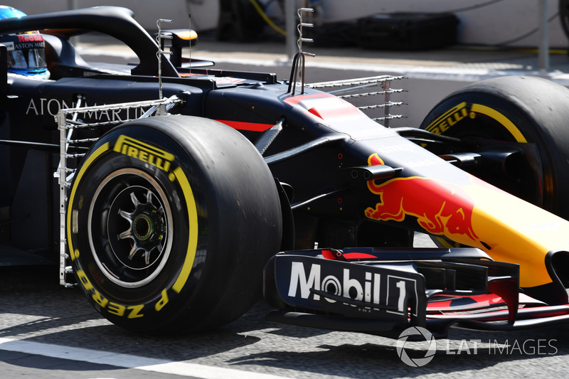 Daniel Ricciardo, Red Bull Racing RB14 con sensores aerodinámicos