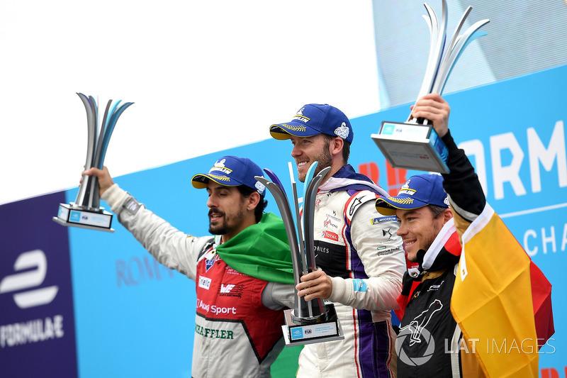 Sam Bird, DS Virgin Racing, vince l'ePrix di Roma con Lucas di Grassi, Audi Sport ABT Schaeffler, 2°, Andre Lotterer, Techeetah 3°
