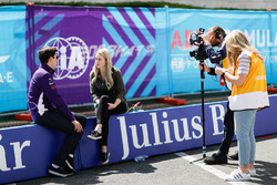 Alex Lynn, DS Virgin Racing, talks to the press