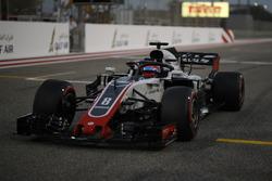 Romain Grosjean, Haas F1 Team VF-18, sur la grille